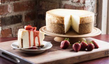 Homemade Vanilla Cheesecake